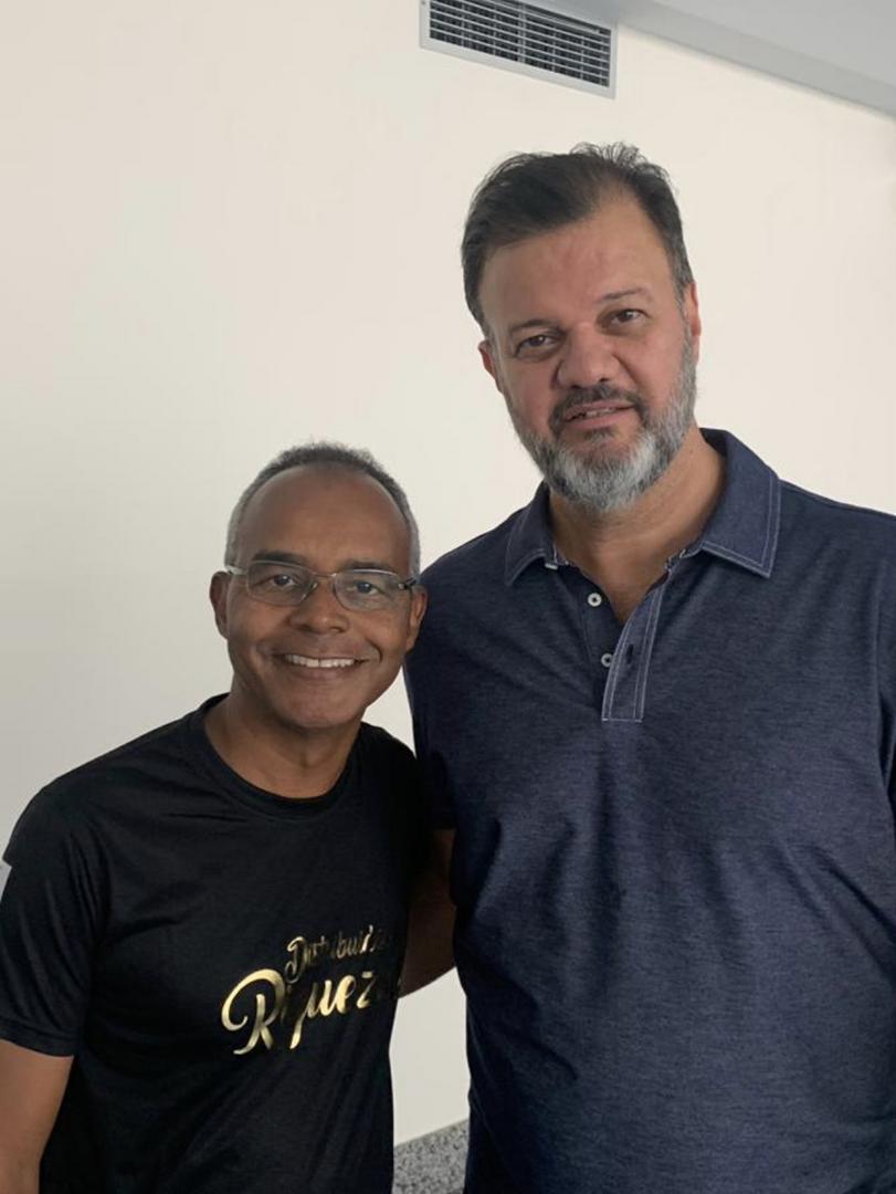 Sandro Gonzales e Cornélio Augusto no 7 Congresso Valorem